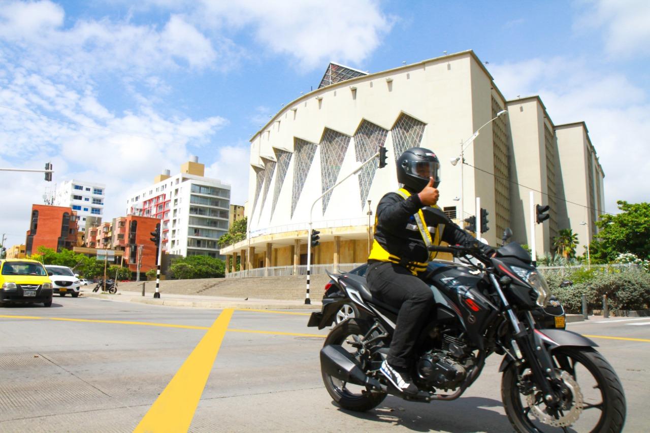 Motociclista ejemplar Barranquilla